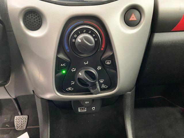Citroen C1 1.2 PureTech 82 Feel Edition 5 Puertas