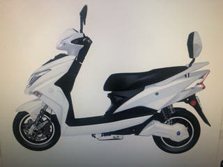 Scooter Eléctrica Matriculable.