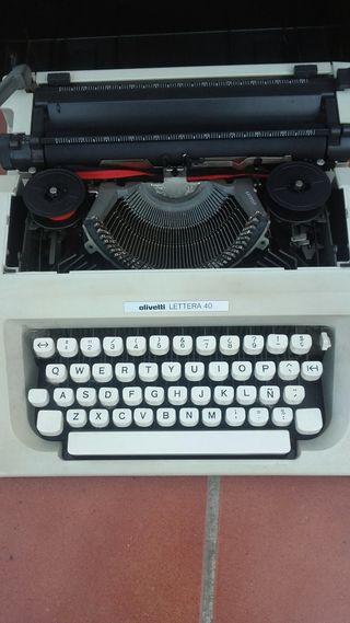 Máquina de escribir antegua
