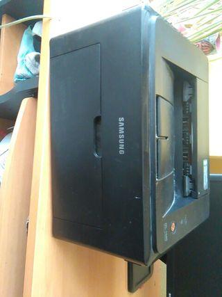 Impresora ML-1640.