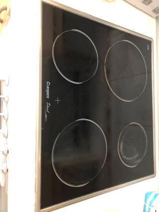 Se vende horno y vitro cerámica