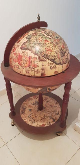 botellero bola del mundo