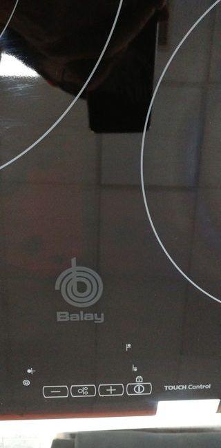 Encimera induccion Balay. Seminueva