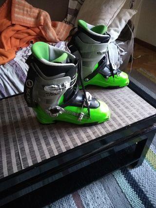 Botas esqui de travesia SCARPA