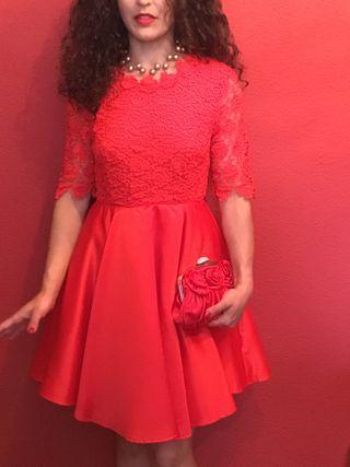 Vestido de mujer,sin estrenar tallaM,cuerpoGuipur,