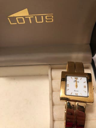 95eaa1b80171 Reloj de oro mujer de segunda mano en Valencia en WALLAPOP