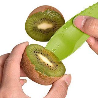 Cuchara-cuchillo para cortar y comer kiwis