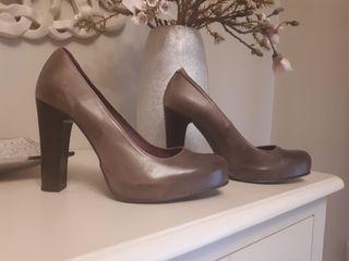 Zapatos salón piel talla 39