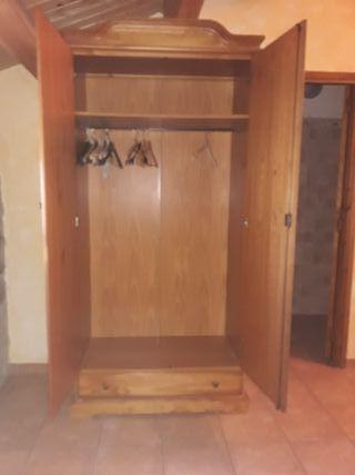 Armario rustico dos puertas
