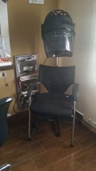 secador de pie y silla