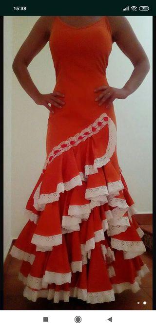 Vestido de flamenca, fiesta.