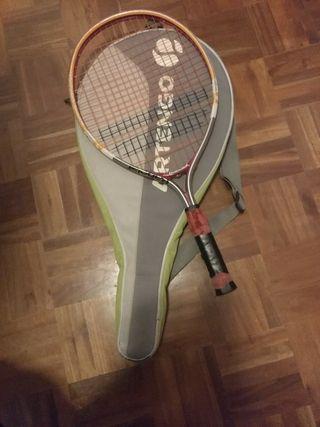 Raqueta de tenis y funda