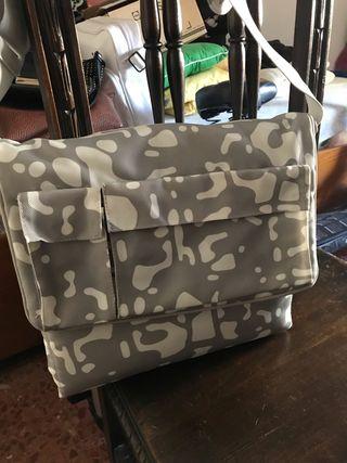 Bolso mochila cambiador