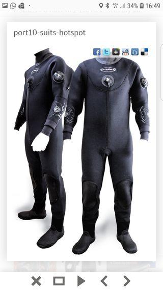 traje seco o'three de submarinismo