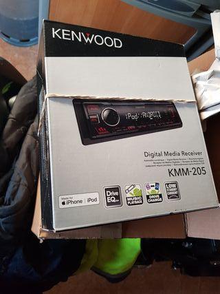 Kenwood radio USB sin estrenar 55 euros