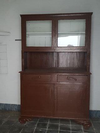 vitrina de madera URGE