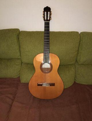 Guitarra Alhambra Modelo 4P