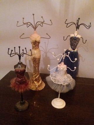 Joyero maniquí vestido (juego 4 piezas)