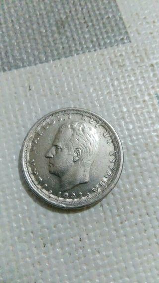 moneda de 10 pts de 1992, co error, es muy curiosa