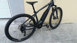 Bici eléctrica CUBE