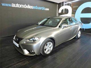 Lexus IS 300h 2.5i Business Edition E-CVT