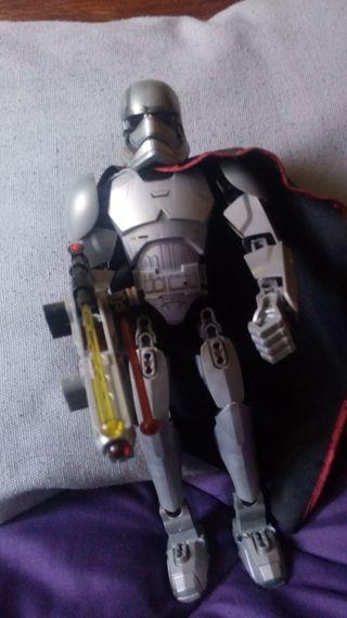 Figura lego Star Wars grande Capitan Phasma