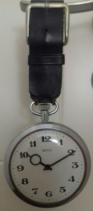 Reloj de bolsillo tamaño muy grande