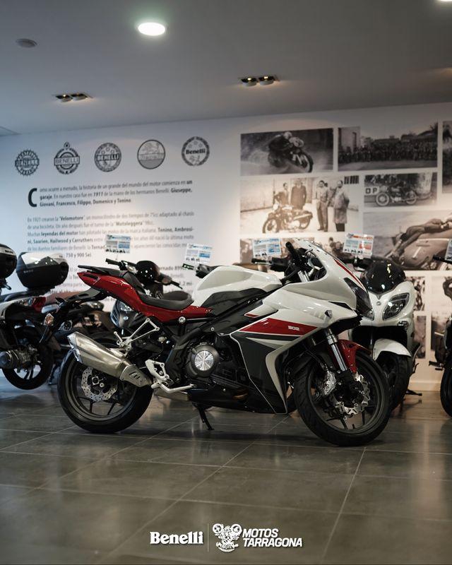 Moto Beneli 302 R ABS