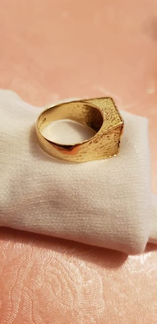 Mens 18 Carat Gold & Diamond Ring (Hallmarked)