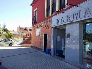 Local comercial en venta en Torrecaballeros
