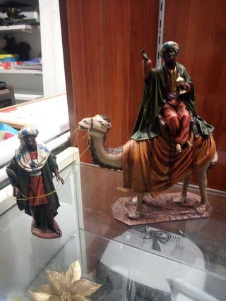Rey Baltasar con camello y paje