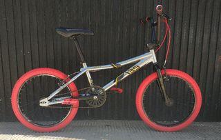 BMX Monty 139 serie