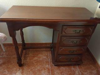 Escritorio/ mueble de madera