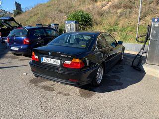 BMW Serie 3 coupé negro 170cv gasolina 2001
