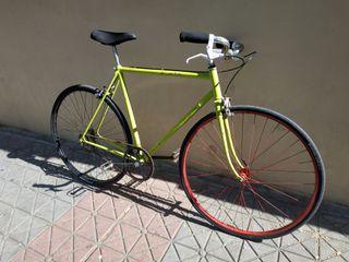 Bicicleta vintage tipo fixie