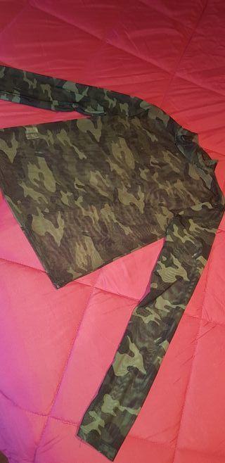 camiseta trasparente militar del berska