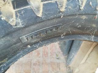 rueda pirelli trial