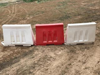 biombos de plástico y vallas