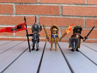 Playmobil caballeros medievales