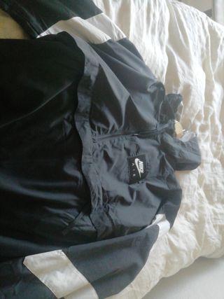chaqueta Nike nueva talla L