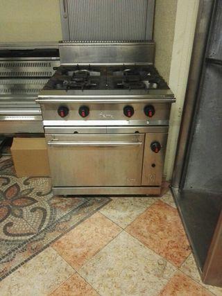Cocina industrial Jemi con horno