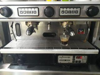 Cafetera profesional + molinillos