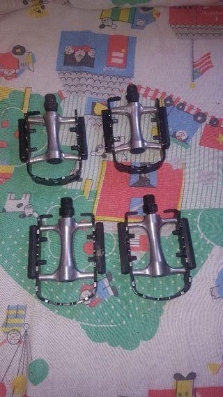 pedales de aluminio