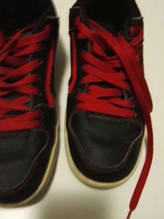 d02ca2048f Zapatillas deportivas de segunda mano en Palma de Mallorca en WALLAPOP