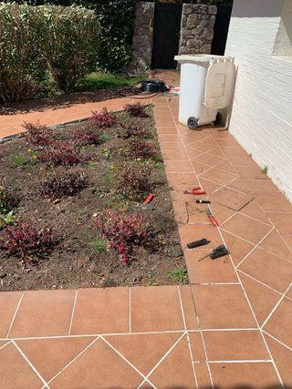 Trabajos de Jardinería Fontanería y Manitas