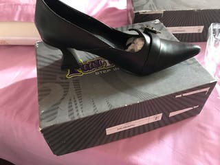 Zapato nuevo talla 37