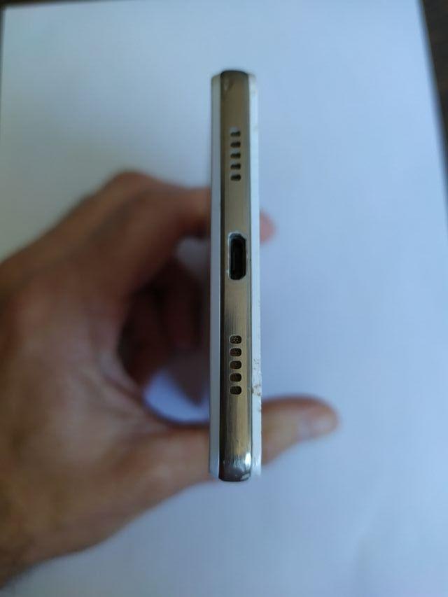 Huawei P8 Lite Ale-21