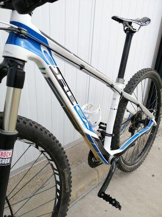 """vendo bicicleta mtb orbea alma carbono 29"""""""