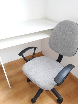 mesa estudio y silla elevable