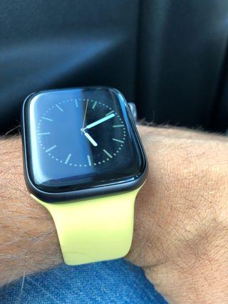Apple Watch series 4(pulsera)